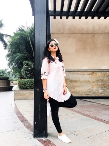 Pinks & Reds  #ootd #whatiwore #personalstyle #roposo #blogger #ispeakwhatyoulove #delhi