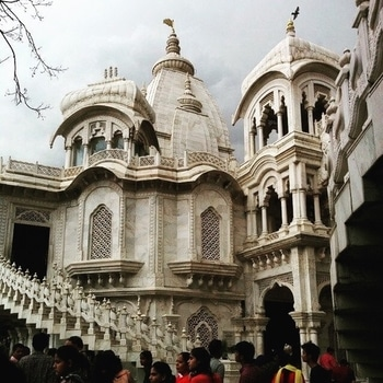 The #Iskcon #temple in #Vrindavan was built to increase awareness about #Vedic scriptures.  PC: ShubhamSingh2511, Flickr #love #wow #amazing #travel #travelbug #instatravel #wanderlust #heritage #india #see #gameoftones #incredibleindia #photography #photooftheday