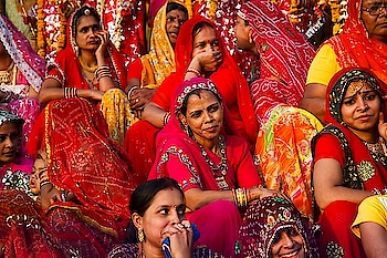 #Colorful and exhilarating Rajasthani #women. PC: Kimberley Coole #portrait #love #beautiful #wow #amazing #India #incredibleindia #Rajasthan #colors #womenempowerment #gameoftones #photography #photooftheday #photodiary