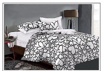 Queen size  Black  & white   1 bed sheets  2 pillow covers Size - 90x100 inch Double bed Fabric - glace cotton  950/-+$ Pillow covers are of same design as shown in picture #sassychicscoutureprit #happyshopping #homedecor #bedroom #bedsheet #keepshopping