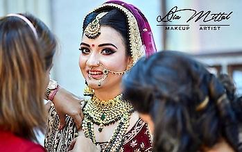 Awaited Professional pics #Bride Anjali #bridal #look #makeup #beautiful  #stunning #marvellous #makeupbydiamittal #mua #makeupartist #indianbride #indianbridalmakeupartist #bridesof2018 #wedmegood #shadesofweddings #bridalmakeup #weddingmakeup #theweddingchamber #diamittalmakeupartist #thebridesofindia #thebridesmakeover #diamittal #diamittalmakeovers @diamittalmakeovers