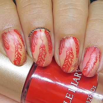 Hi everyone 🙋🏻♀️😍 I'm back🤩 with Red Feather Nail Design. I tried to give it a Vintage look 😍 #feathernailcollab  I hope you all like it 😊   I used: ❤️Stamping Plates AliExpress ❤️Stamping Polish Nicole Diary ❤️Silicone Stamper from Beauty Bigbang ❤️Matte Top coat from Beauty Bigbang . 🔅🔅🔅🔅🔅🔅🔅🔅🔅🔅🔅🔅🔅🔅  🎁Use ISH10 for 10% discount on https://www.beautybigbang.com/ 🔅🔅🔅🔅🔅🔅🔅🔅🔅🔅🔅🔅🔅🔅🔅  🎥 Full Tutorial is up on my YouTube channel, link is in the bio👆 Go watch it, show some love ❤️ and don't forget to hit the Subscribe button 😌  #designyournailsbyisha #ishanailart #feathernails #vintagenails  #rednails #nudenails #mattenails #nailart #naildesign #nails #nailarttutorial #youtuber #nailtutorial #nykaanailenamel #trendsnailpolish #beautybigbang #nailswag #nailartwow #nailfashion #nailsfun #nailpromote #uñas #nailmagazine #naildesigns4all  @design_your_nails_by_isha💖