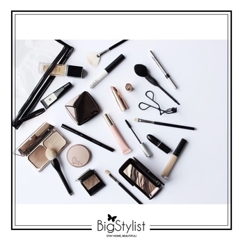 Absolute essentials for a naturally nude makeup look! Like this? Say a Hi on WhatsApp at 9920465699 for more such fantastic stuff! #nude #naked #nudeface #nudemakeup #makeup #beauty #essentials #musthaves #stayhomebeautiful #BigStylist