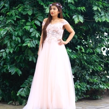 Featuring @anamikakhanna     💖Snapchat handle(miss_chhabra) . #ootd #fashionista #photoshoot #tbt #lifestyle #longhair #bloggerdiaries #beauty #classy #followforfollow #likeforlike #online #Gurgaon #amychhabra #ootdmagazine #ootdshare #stylegram  #womaninstyle #styleblog #fashionblogger #popoxdaily #ropo-love #ropo-good #roposodaily #roposotrends #roposogal  #fashionbloggers #streetstyle #stylingtips #celebrityfashion #fashionweek #celebritystyle #adventure #haircare #events #fashionshows #beautytips #skincare #times #delhi