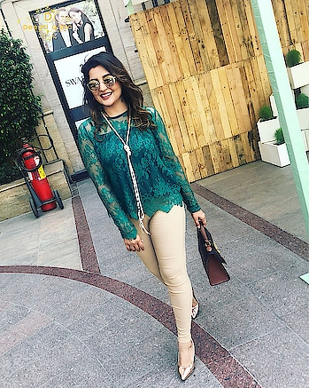 These lace style tops by @sheinofficial @shein_in are taking over my closet!!! Stylish and elegant to call it the least!!! 👗👗👗👗👗 #styleblogger #stylishbloggers #delhistyle #delhigram #delhigirl #lacetops #beigepants #summerstyle #pearl