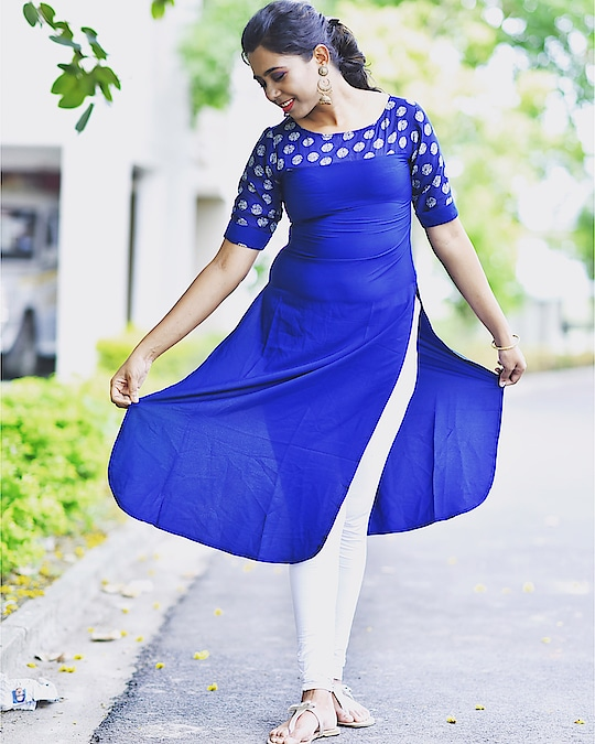 Take The World & Paint It B.L.U.E. #sayantiguha #instablogger #youtube #minimalism #kurta #wednesday #kolkatablogger #fashionblogger #corporatefashion #myntra #blue #loveforblue #thursdaysbelikess #thursday #thurzdaying #soroposo #makeup #beauty