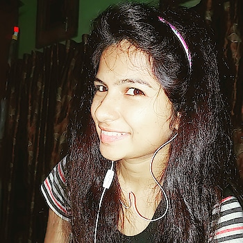 Updated their profile picture #newdp #simplicity #nomakeuplook #cutenessoverloaded #spreadhappiness #love-life #loveyouall #enjoylife