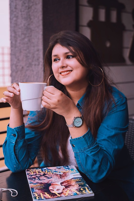 Because coffee is baee!! 🤩🔥🌠 #kolkatafashionblogger #thecelfilieprincess #coffeelovers #awesomesauce