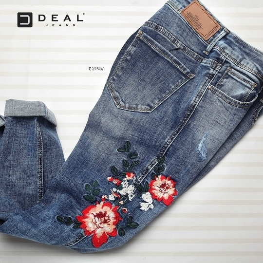 Floral embroideries are having the trendiest comeback this season! Shop for your pair today #DealJeans #DenimLove #embroidery