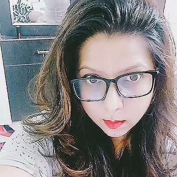I Can't Think Without My Glasses 👓 😉 . . . . . . . . . . . . #girlwithglasses #glasses #spectacles #girlwithspecs #loveyourself #lovemyself #beyourself #bethewayyouare #beyou #me #bangaloreinstapic #bangaloreinstagrammers #bangaloreinstagram #insta #instapic #instagood #instagram #instapicoftheday #instanight #red #redlips #redlipstick #mattelipstick #mattelips #bold #boldlips #boldlipstick #darklipstick #darklips