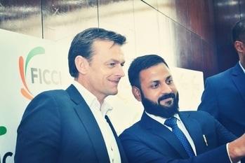 Selfie with one and only Adam Gilchrist.  #legend  #cricketer  #cricket  #selfieoftheday  #selfielook  #candidshot  #beardman  #beardgang  #pogonophile   #celebrityfashion