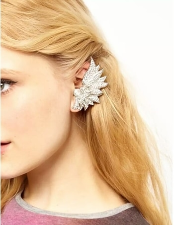 Buy at just rs.199. LEAFY HOOK EAR CUFF  click on link to buy https://heeralstrend.wooplr.com/product/5973378779054080/leafy-hook-ear-cuff