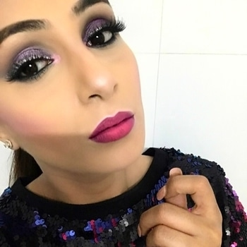 New look ALERT 😍 I love being creative #inspiredlook #love the pink highlight 😍#ombré #lips #pinkhighlights #colors #highfashion #partymakeup #glamorous #glamready #newlooks #beingcreative #makeoverbymanleen #lovewhatido #indianfashion #tygod