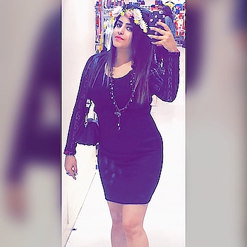 #avanthikakapuria #influencer #fashion #be-fashionable #styles #ropo-style #followers #fashioninfluencer #delhi #delhigram #delhigirl #staystylish #roposo-style #roposo-fashiondiaries #roposo-fashiondiaries #roposo-makeupandfashiondiaries #avanthika #women-style #newfashion  : : Instagram- avanthikakapuria0791