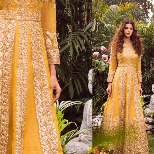 Our Mustard gold Mughal gown is favourite for our summer brides 💞 Get your hands on this stunning ensemble!  Book your wedding trousseau with us on : 9711111776 . . . #aashimabehllabel #designerwear #designist #summerlove #summerweddings #destinationwedding #sundowners #indianwedding #mustardyellow #golddetails #weddingdress #bridaldress #bridallehenga #indiancouture #weddingcouture #glamour #beautifulbride #bridetobe #bridesmaid #indianwedding #indiandress #summerlook #summerlove #summervibes #visitthestore #bookyourlook #bookyourappointment