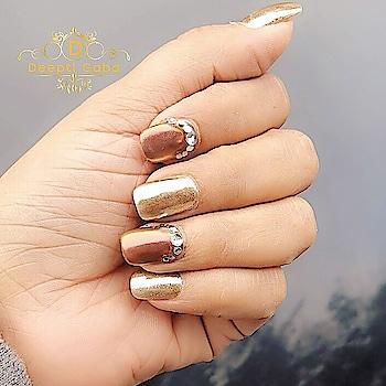 Thank you @nailsatdalip for this amazing chrome combo nails 💅🏻 #nailart #chromenails #nailsofinstagram #nailextensions #instanails