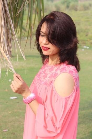 Cold shoulder feat @iknowstudio  #bespokegrub #indianblogger #lucknowblogger #fashionblogger #iknowstudio