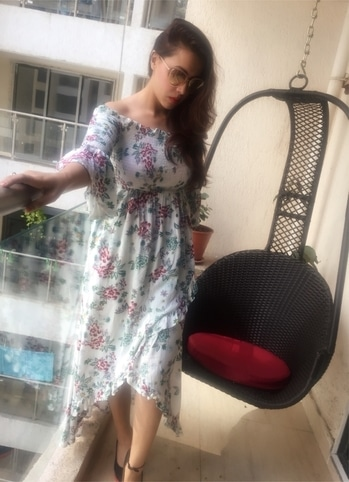 #floralstyle #othday wearing @luluandskyofficial  #fashion #luluandskyofficial #floraldress #offshoulderdress #blogger #style #moda #whatiwore #othd #boho #casualstyle #tuesdayindpiration #outfitpost #