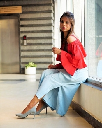 New post up on https://www.fashionistha.com/red-romance-with-chambray-culottes/ Link in bio❤️ #punefashionblogger #indianblogger