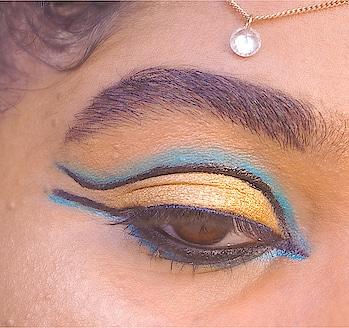 ~ Modern Egyptian Makeup ✨💙💛 . . . Tell me what are your favorite Eyeliner brands ? 🖤 —— 💛 @toofaced New Born This Way Concealer  💛 @maccosmeticsreunion Eyebrows Styler shade Stud  💛 @yvesrocher_reunion Eyebrow Mascara  💛 @maccosmeticsmiddleeast Layin' Low Pro Longwear Pain Pot  💛 @morphebrushes 35B Color Burst Palette  💛 @hudabeautyshop Rose Gold Remastered Palette  💛 @katvondbeauty Ink Trooper Eyeliner 💛 @maybelline LineRefine Soft Khol Eye Pencil  💛 @bourjois_reunion Blue Khol & Contour Eye Pencil  💛 @bourjois_reunion Push Up Volume Glamour Black Serum Mascara  💛 @inglot_reunion 15S False Eyelashes  💛 @makeuprevolution Highlighter Kiss Of Fire Palette  —— #egyptianmakeup #orientalmakeup #fashion #blogger #bblogger #beauty #beautiful #makeupart #picoftheday  #gorgeous #love #makeup #makeuplife #makeupparty #makeupideas #shophudabeauty #makeupmafia