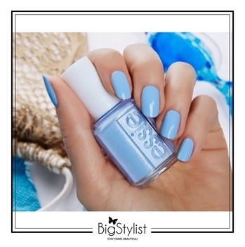The only kind of #MondayBlues  we are feeling today! Like this? Say a Hi on WhatsApp at 9920465699 for more such fantastic stuff! #Monday #blues #nails #manicure #manimonday #beattheblues #love #women #beauty #stayhomebeautiful #BigStylist