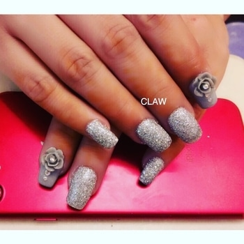 Our happy zone with our happy clients😍 #claw#nails#nailspa#nails#opi#opinails#opigel#delhi#mumbai#happyclient#happyus#getclawed💅💅