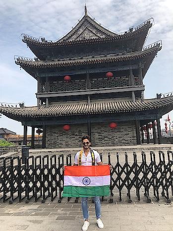 Ae watan, watan mere, aabaad rahe tu Main jahan rahun, jahaan me yaad rahe tu..!😌 India 🇮🇳 - I love you.!❤️ #rubarugroup #rubarumisterindia2018 #misterlandscapesinternational #believeinyourself #bethebest #countrylove #hustle #success #goals
