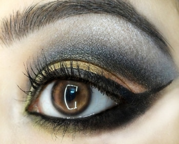 Cut crease ☺️ .  #eyes #eyelashes #cutcrease #cutcreaseeyemakeup #eyemakeup #goldenandblackeyemakeup #eyemakeuplook #makeup #makeuplover #experimentingwithmakeup #eyemakeuplover #makeuptutorial #makeupoftheday #arabiccutcrease #eyemakeuptutorial #loveeyemakeup #beautyblogger #indianbeautyblogger