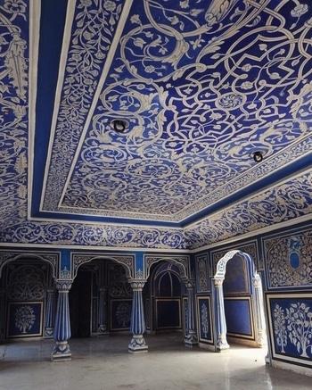 Chandra Mahal in #Jaipur was built between 1727 and 1734 by #Maharaja Sawai Jai Singh II. PC: Ashraf Adil, 500px #architecture #design #interiordesign #beautiful #love #India #incredibleindia #see #travel #wanderlust #travelbug #gameoftones #cantbelieveit