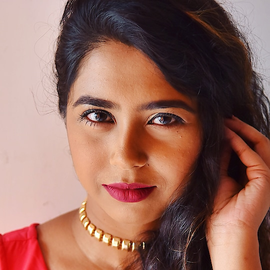 If you are in love with my lip colour, go check my bio!! 📸 - @ayanmitra2017  Tried my hands on @paccosmetic Retro Matte Gloss, and completely in love, comment down if you want me to review it!! #sunday #weekend #shoot #koovs #jewelry #paccosmetics #matte #tufflove #makeup #beauty #lipstick #kolkatablogger #fashionblogger #instagood #picoftheday #likeforlike #soroposo #youtube