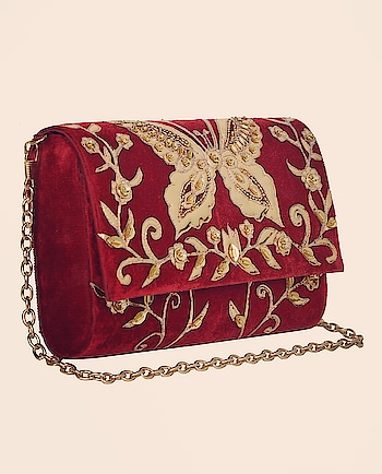 5 Elements by Radhika infuses a #vintage feel to your #style with this #maroon #clutch with #golden embroidery: https://www.indiancultr.com//new-arrivals/glam-squad-5-elements-by-radhika.html?trk=hmpg-slider #India #makeinIndia #fashionpost #style #fashion #bag #wedding #accessories #shoppingonline #love #beautiful #IncredibleIndia #wow #amazing #artisan #instagood #want #neednow #inspiration #traditional #l4l #instalove #photooftheday #designer #party