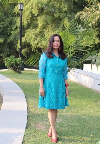 The only time you should look back is to see how far you've come.. Love this turquoise number which I bought from @flipkartfashion  #bespokegrub #indianblogger #lucknowblogger #lifestyleblogger #fashionblogger  #streetstyle