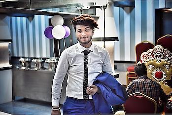 If you can't change the situation , change the location - 🤨🤨🤨🤨🤨🤨@tejaschaurasia #ramdomclick#fashion#fashionph#fashions#fashionphotography#fashionphotographer#fashionindia#glamour# #indianphotography#instagram #indianfashion#indianfashionphotographer#style#mensfashion#men#menshair#clothingbrand#indianmen#portrait#portrait_shots #portraitphotography #portraitsofficial #portrait_ig#ss18 #helium #tejaschaurasia #jubin_shah46 #nikeshoes #jubin____shah #beardjubin