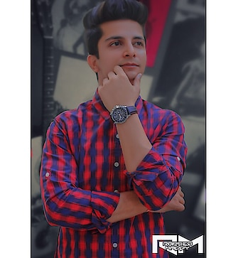 Kisi kisi ke jhoot me bhi sach hai, Kisi kise ke sach me bhi jhoot hai -  Watch - @julienworks  Dont forget to get your piece in 20 % discount with free shipping .Just type code MADDY20 and get it . Woohoo . #time #rappermaddy #redandblue #check #lozano #essential #mensfashion #dapper #ootd #instafashion #dope #swag