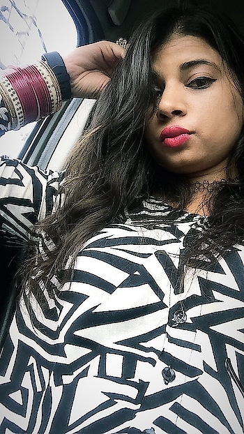 #selflove #ropo-good #roposo-style #roposo-fashiondiaries #ootd #black-and-white #summer-style #roposo-vibes #poser #posing #pose #lips #lipstickday #liplove