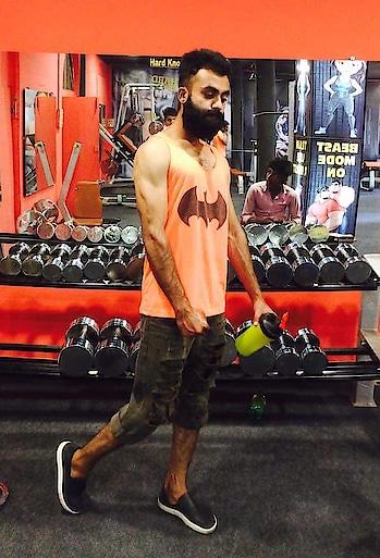 💪🏻❤️💯#bearded #streetfashion #outfitoftheday #fashionblogger #lovebeard #menswithclass #gentalmenfashion #fashionwithbeard #thebeardgodfather #beardedmodel #brandedbeard #beardpower #beardsyedsufiyan #beardiesofinstagram #beardking #beardgodfather #beardmodel #fashiondesigner #fashionweekend #fashionoftheday fitness #fashionlover #fashionweek #fashionart #fashioninsta #syedsufiyanfp #thebeardgodfather #sufiyanupdate #blogger