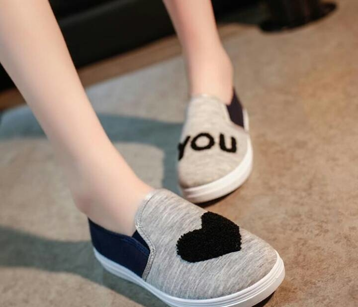 Imported  footwear  1200