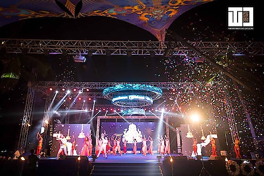 Setting the stage on fire with a world-class light and sound production for this amazing sangeet night in Goa!