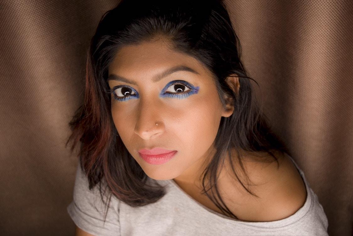 This is my bold #EyeSpeakDrama look that I created using the new @maybelline eye pencil. I feel its #dramatic #bold & #edgy. Thanx to my fav & gorgeous @divyamaben for the challenge 😘 📸@vpadiyath  #maybelline #EyeSpeakDrama #mydubai #beautyblogger #fashionblogger #fashionista #dubaibeautyblogger #dubaifashionblogger #eyemakeup #lovemakeup #roposodaily #roposostylefiles