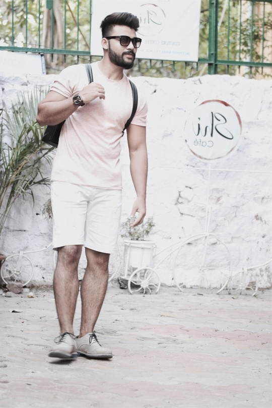 I love with pastels this summers ❤😍🕶  . . . . #pastels #summer #summer-style #summer-fashion #roposofashion #fashionaddict #be-fashionable #rocknshop #trend #trendsetter  #shorts