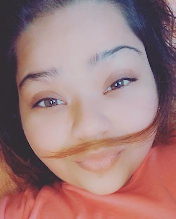 😅 #snapchat #hercreativepalace #kanikasharma #blogger #delhi #india #filteredlife