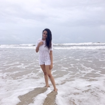 When in Goa, wear white. At least that's what i did!😄 #mywhitewardrobe #goadiaries #beachlife #beachy #beach-waves #casualstyle