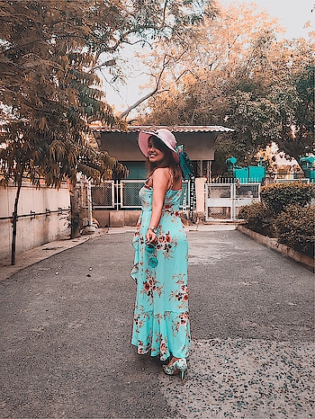I woke up like this. 50% savage 50% sweetness 💕🥰 : : My favourite floral dress @shein_in : : Search ID: 693980  Link to purchase- https://bit.ly/2Iu4HQn  Coupon code cupidQ2 valid till june 30th . Avail 20% off on your purchase of ₹2000  @sheinofficial #shein : : : @sheinofficial #shein #sheingals #sheinofficial #missfashioncupidxshein #missfashioncupidxspoyl #spoylinfluencer #spoyl #spoylapp #spoylstore #missfashioncupid #missfashioncupid #blogger #fashionblogger #indianblogger #shubhiPrakash #outfitoftheday #fashionista #fashioninspo  #delhiBlogger #lifestyle #fashion #beauty  #ootd #potd #onlineShopping #shopaholic #slayStylish #jharkhandblogger #indianfashionblogger #missfashioncupidxshein