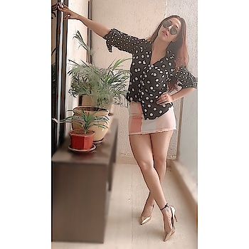 You can't have a bad day in polka dots    #rosepuri #fashion #style #polkadots #2020fashiontrend #trend #outfitpost #stayskinfit #wednesdaypost #lookoftheday #lovethistrend