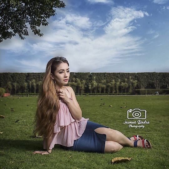 #casualootd #roposo-style #fashionblogger #ootd #denimskirt #denimskirts #forever21 #motd #longhairdontcare #minimalism #cute #pastels #frilltop #summer-style #fashionblog #fashionation #woman-fashion