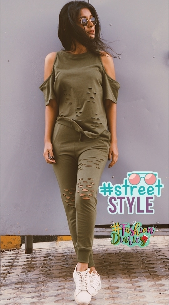 Summer Ready 🕶 #streetstyle #streetstyle #outfitoftheday #ootd  #streetstyle #lookoftheday #fashiondiaries #roposo #soroposo @roposocontests @roposotalks #streetstyle #lookoftheday #fashionblogger #fashionbloggerindia #fashionbloggerdelhi #roposocontest #lookoftheday #fashiondiaries #streetstyle