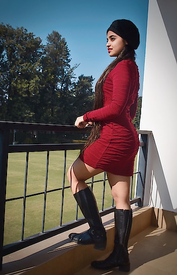There's a shade of red for every woman.#winterfashion . . #thechicchannel #casual #longhair #hairinspo #outfitoftheday #ootd #styleinspo #fashiondiaries #fashionpost #indianblogger #instadaily #winter #winterlove #delhiwinter #highheels#winterfashion #fauxfur#boots#coloredhair#fashionpost#winteroutfit #winterday#lookbook#traveldiaries#bodycon #prints #chandigarh #chandigarhdiaries#red#reddress