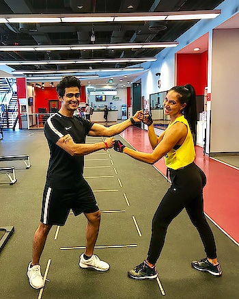Meet the most powerful lady in the club @vera_pt💪🏻🏋🏻♂️🏋🏻♀️ #fit #fitness #fitnessfirst #fitnessfirstme #friends #workout #workoutbuddy #myzone #muscles #outfit #nike #black #shoes #roposo #powerful #strongmen #strongwomen #fighter #instamoment #dubailife #fitnessmodel #iamunlimited #fashion #dxb #uae #indian #sajansinghrawat
