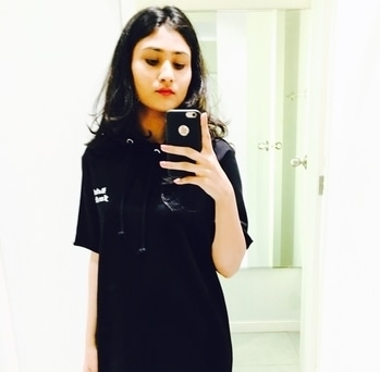 #fashion #style #black #loveblack #hoodie #blackdress #fashionbloggerindia #mumbaifashionblogger #fashionblogger #lifestyleblogger