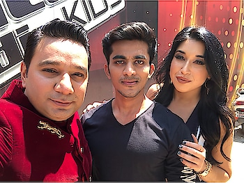 On the set of #thevoiceindiakids for promotional integration of #highfever @andtvofficial  With the ace #choreographer #director @khan_ahmedasas and #international #choreographer #dancer #influencer @danaalexa_ exclusively managed by @eventsmaniac  #danaalexa #ahmedkhan #himeshreshammiya #shaan #palakmuchhal #jaybhanushali #thevoiceindiakids #andtv #actor #model #garryskumaar #girirajkedia #fittnbold #imgskofficial #eventsmaniac
